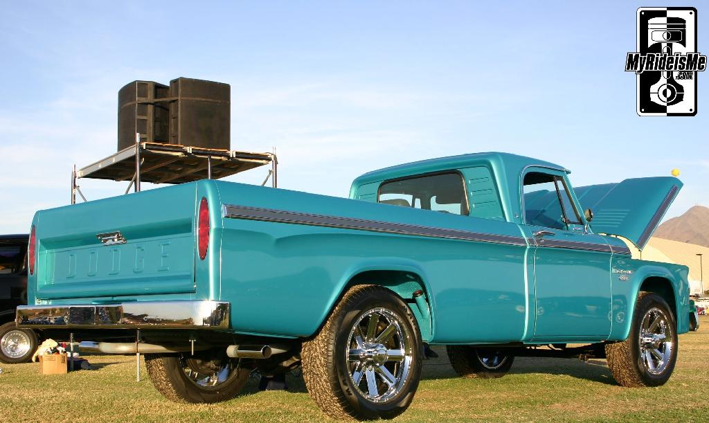 Dad\'s Old 1965 Dodge D200 Truck - Hot Rod Dodge Pickup | MyRideisMe.com