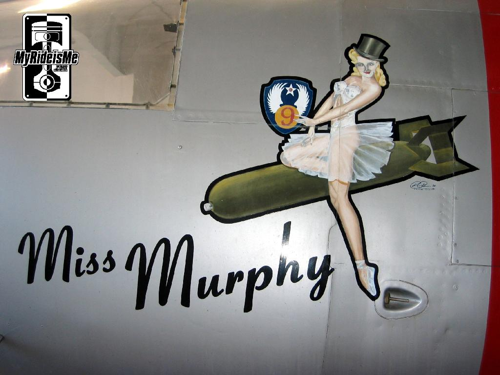 Nose art Miss Murphy