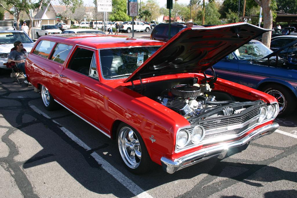 Sick Chevelle 2 door wagon