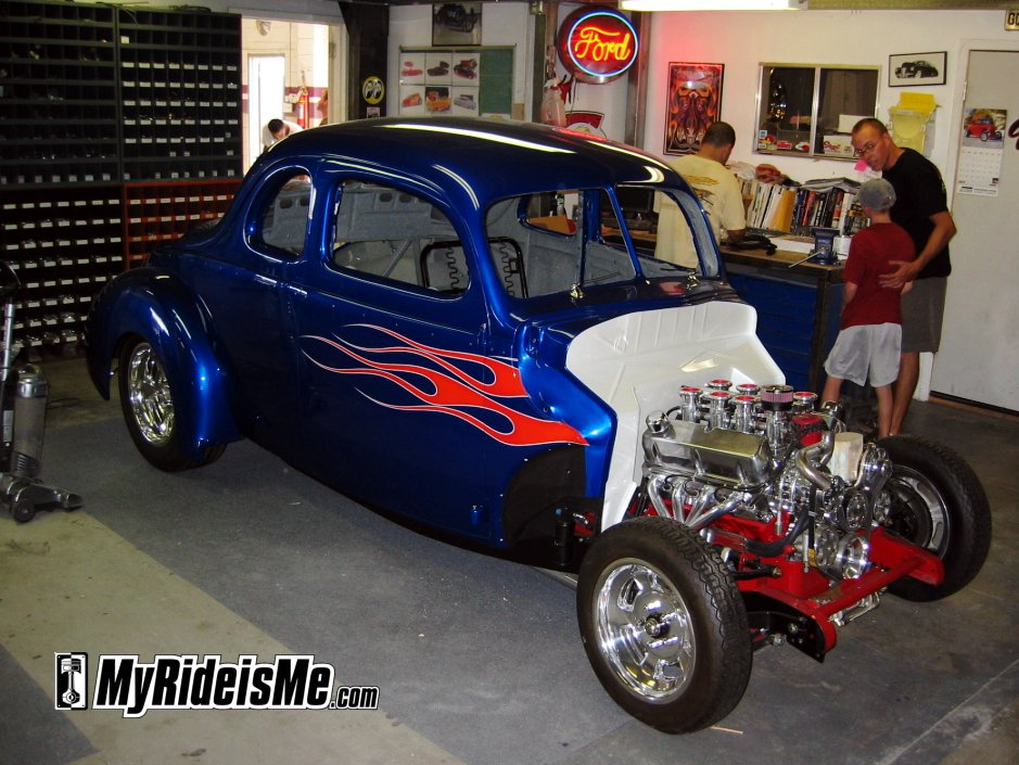 40 Ford Coupe Hot Rod