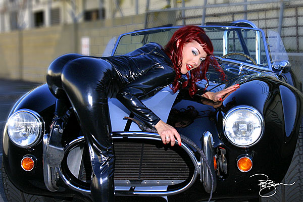 Smokin' picture gallery of Pinup Supermodel Dayna DeLux | MyRideisMe.
