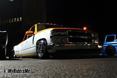 Erock's Chevy Dually Rolling on 22's