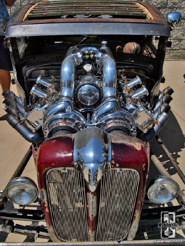 blown hemi, hot rod hemi, twin blowers