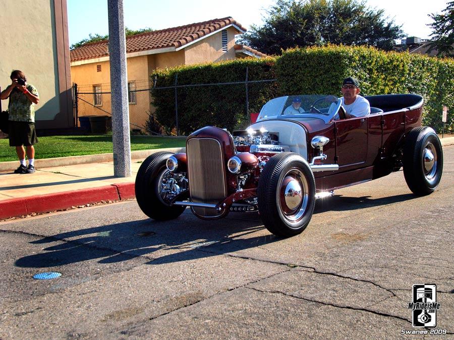 Resto Rod C4 1927-touring-cruising