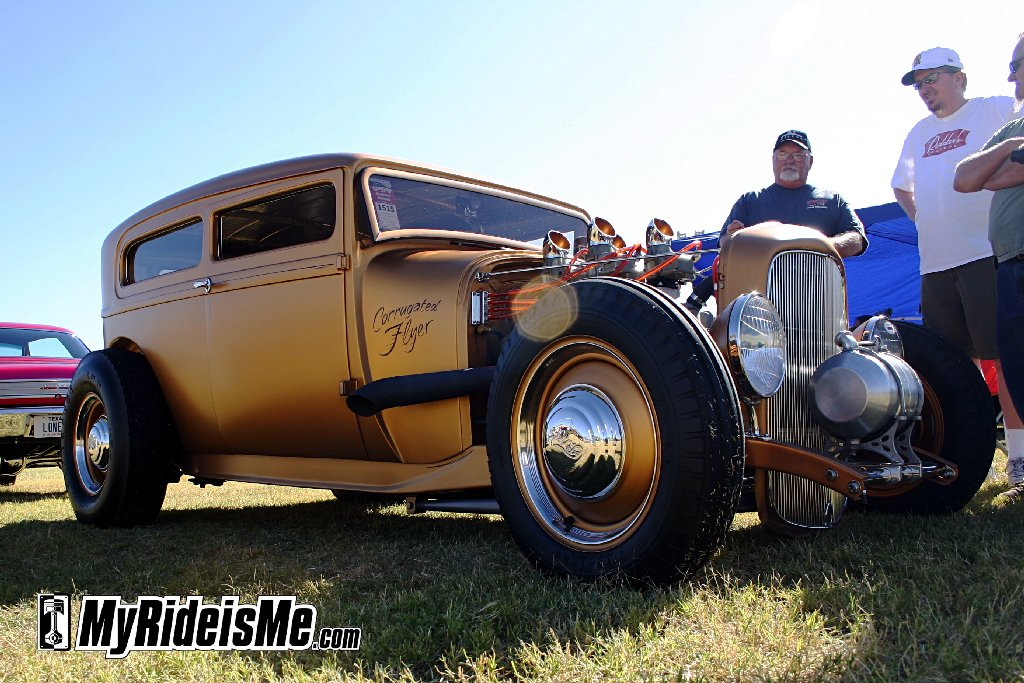 hot rod Slick 1929 Ford Sedan at Goodguys Scottsdale