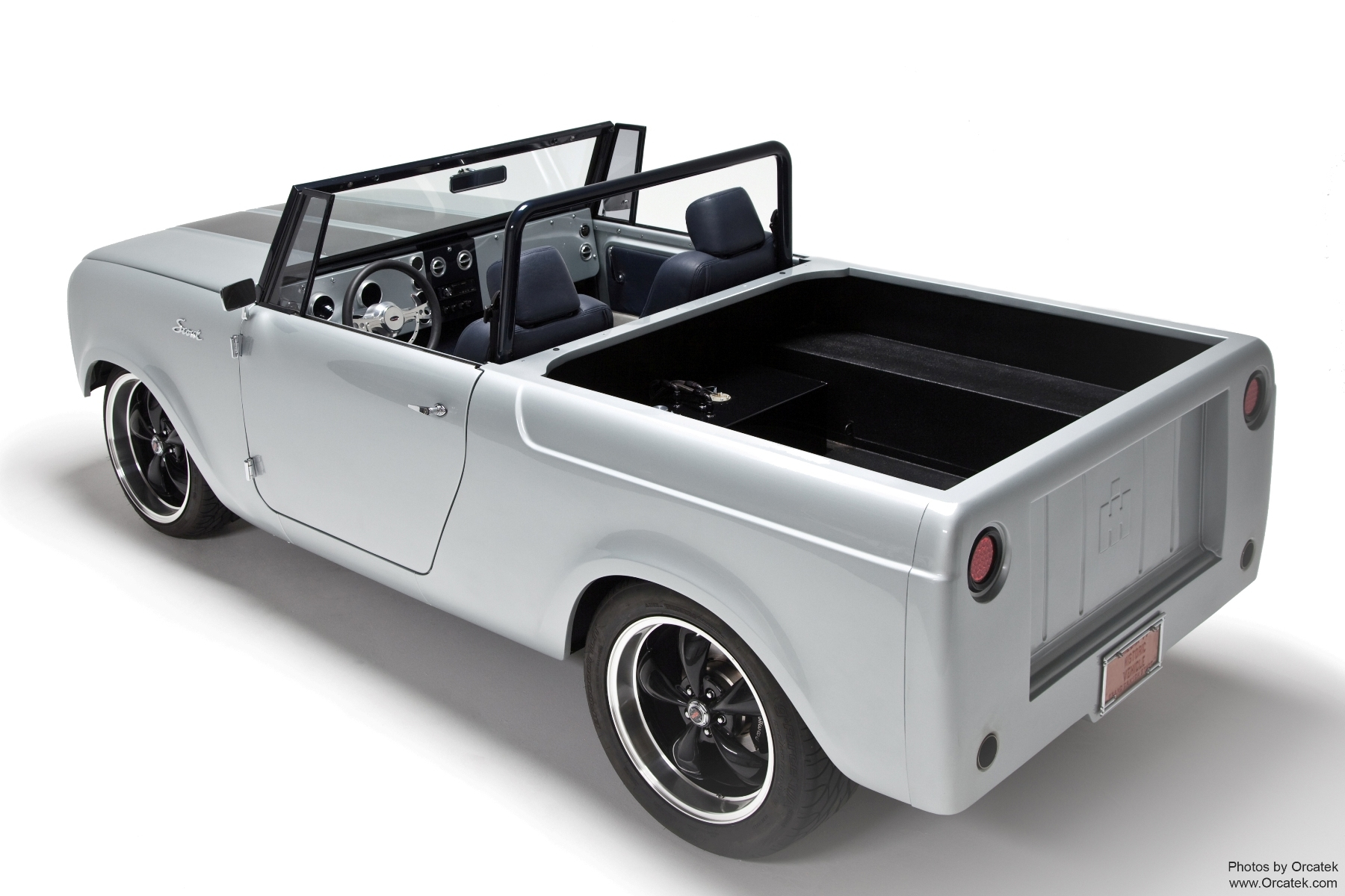 "Scout 80 ""Unbound"" hot rod truck"