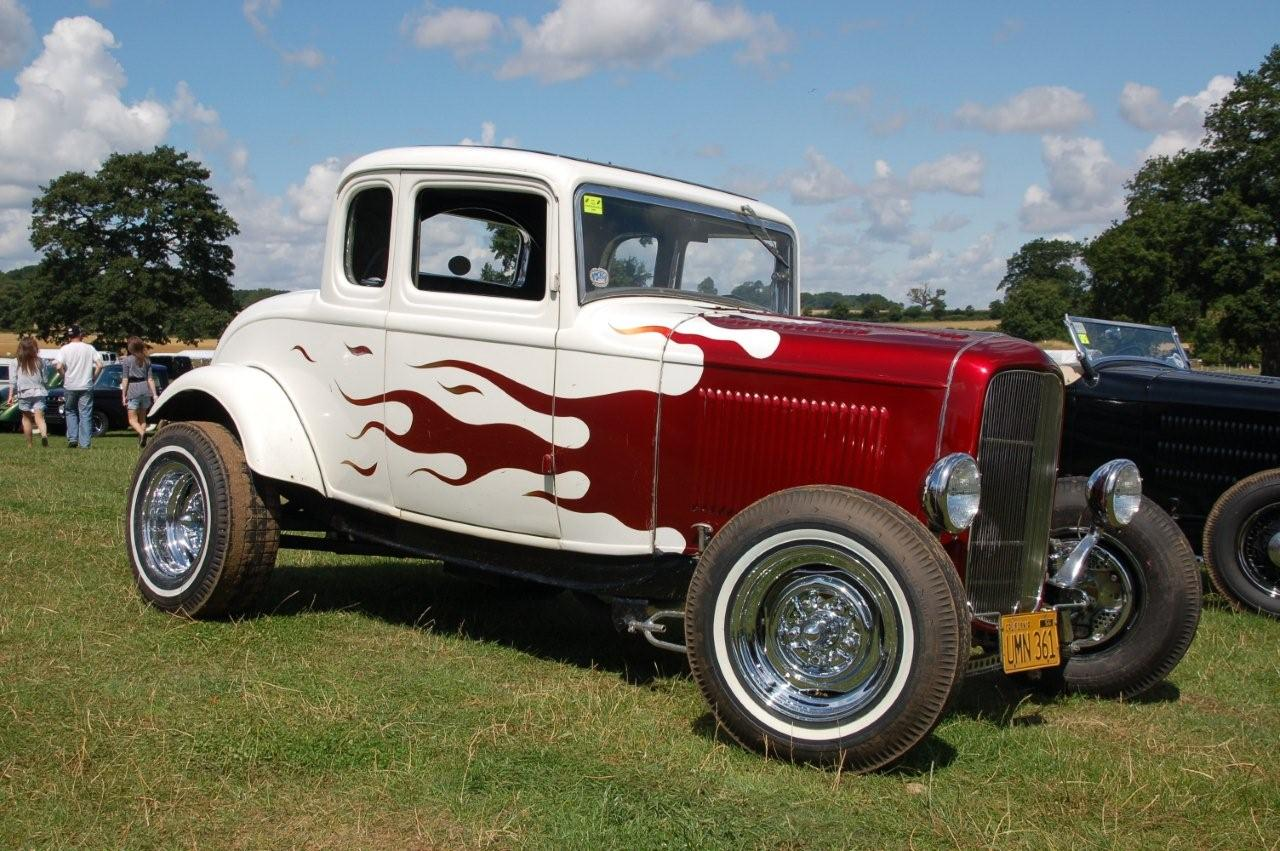 Hot Rods in England at the Supernats! | MyRideisMe.com