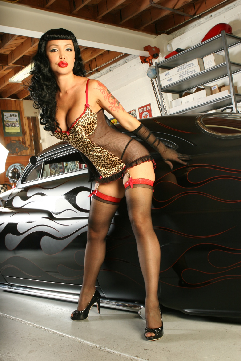 naked pin up girl with hot rod