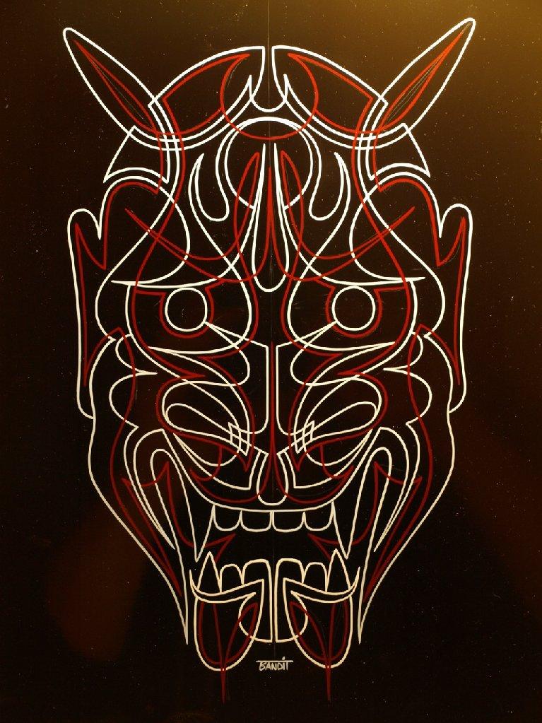 Pinstriping, pinstriper, devil's head thin lines