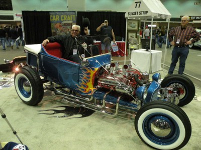 Stromberg 97 helps this Kookie Car Clone take the cake at Autorama