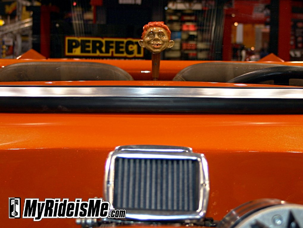 Hot rod roadster pickup custom shift knob