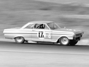 Road Racing Ford Falcon just looks awesome