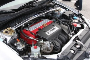 Being a Base model, it does not have the hot K20a twin cam, but does sport nice accessories