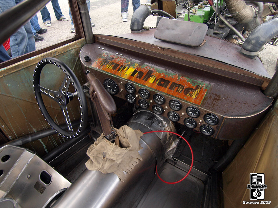 rat rod interior, diesel rat rod, rat style, custom gauges