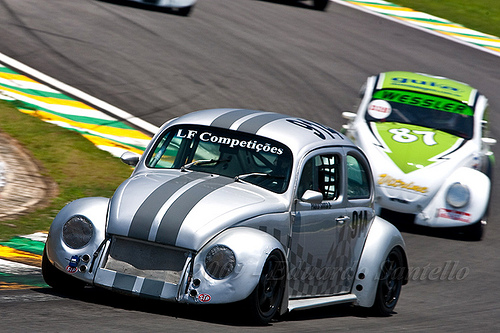 2 Beetle Kafer Cup racers battle it out