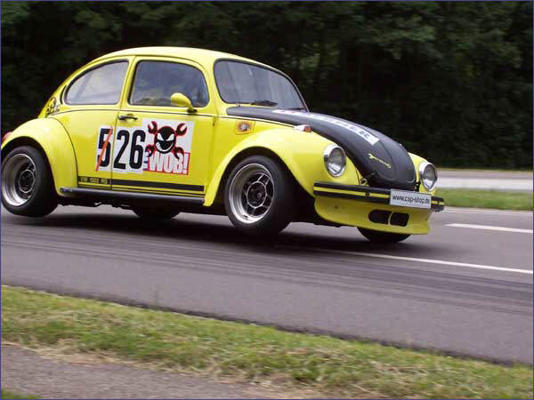Fusca Super Beetle road racing
