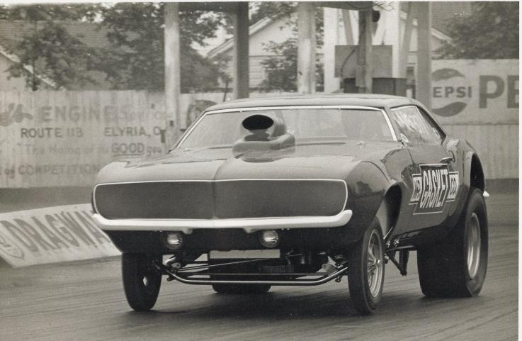 nostalgia-drag-racing-photos- Mr. Gasket Gasser Camaro