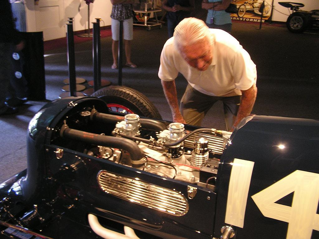 Phil Remington, Flathead V8, Stromberg 97 Carbs, Lakes Modifed Roadster