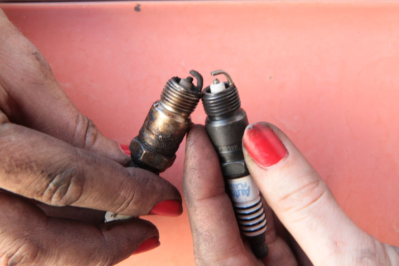 how to change spark plugs.02
