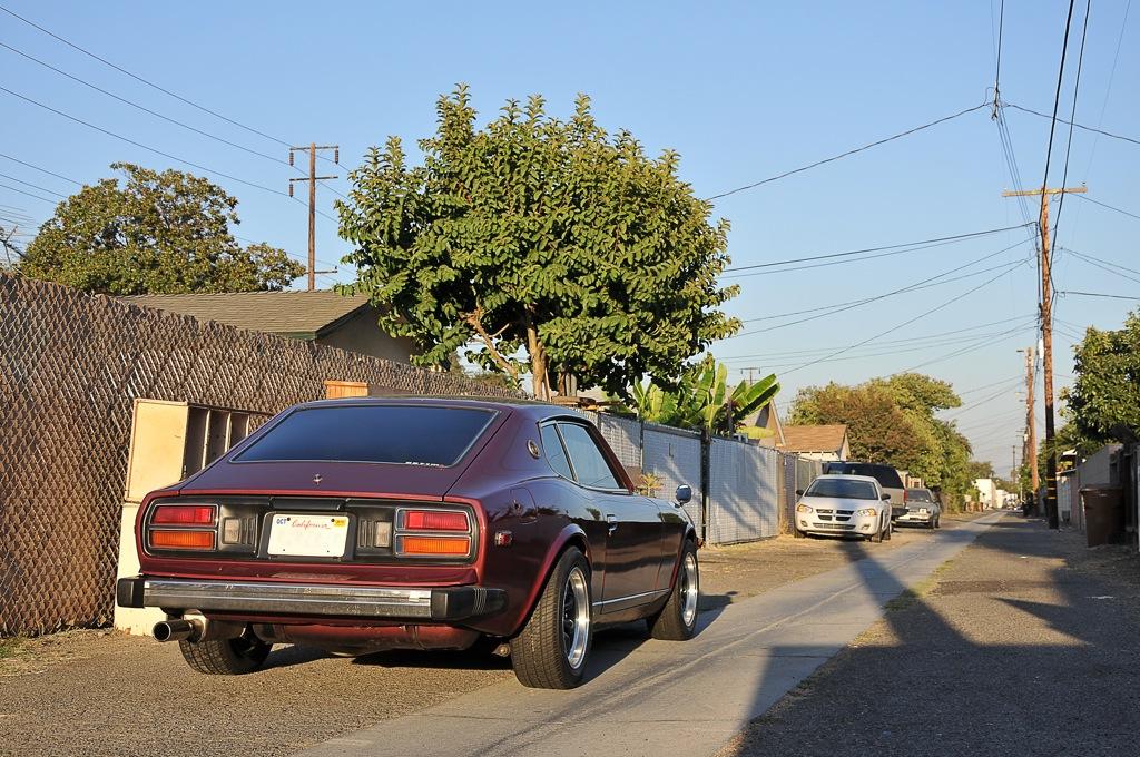 Datsun 280Z rear alley shot
