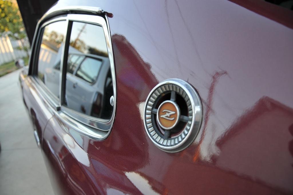 Datsun 280z side logo