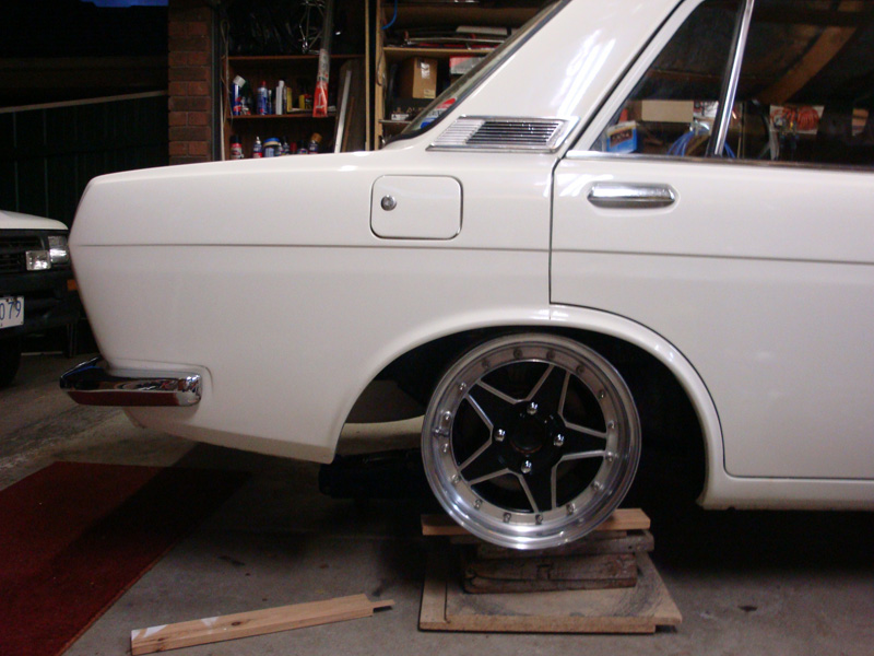 Datsun 510, Work Ewing III wheels, wheel test fit