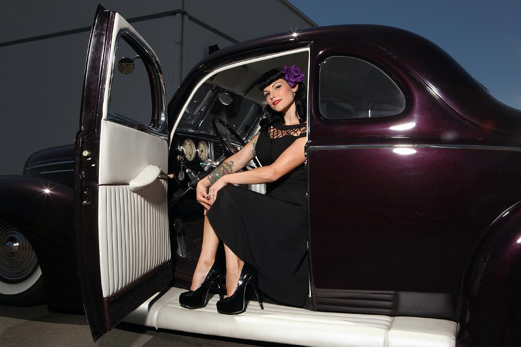 Pinup, swimsuit, hot rod, custom