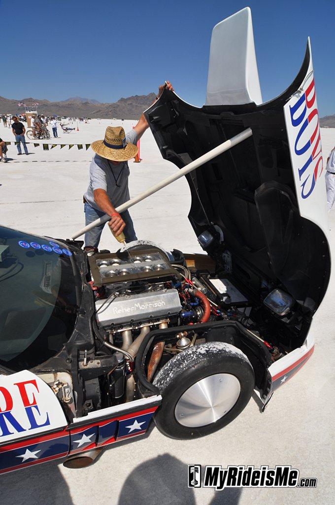 Fastest Corvette,Bonneville, salt flats, start up, fuel injection