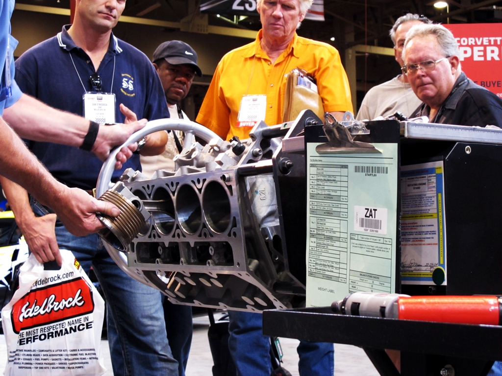 SEMA 2010, SEMA car show, sema show pictures, chevy corvette ls7 engine build