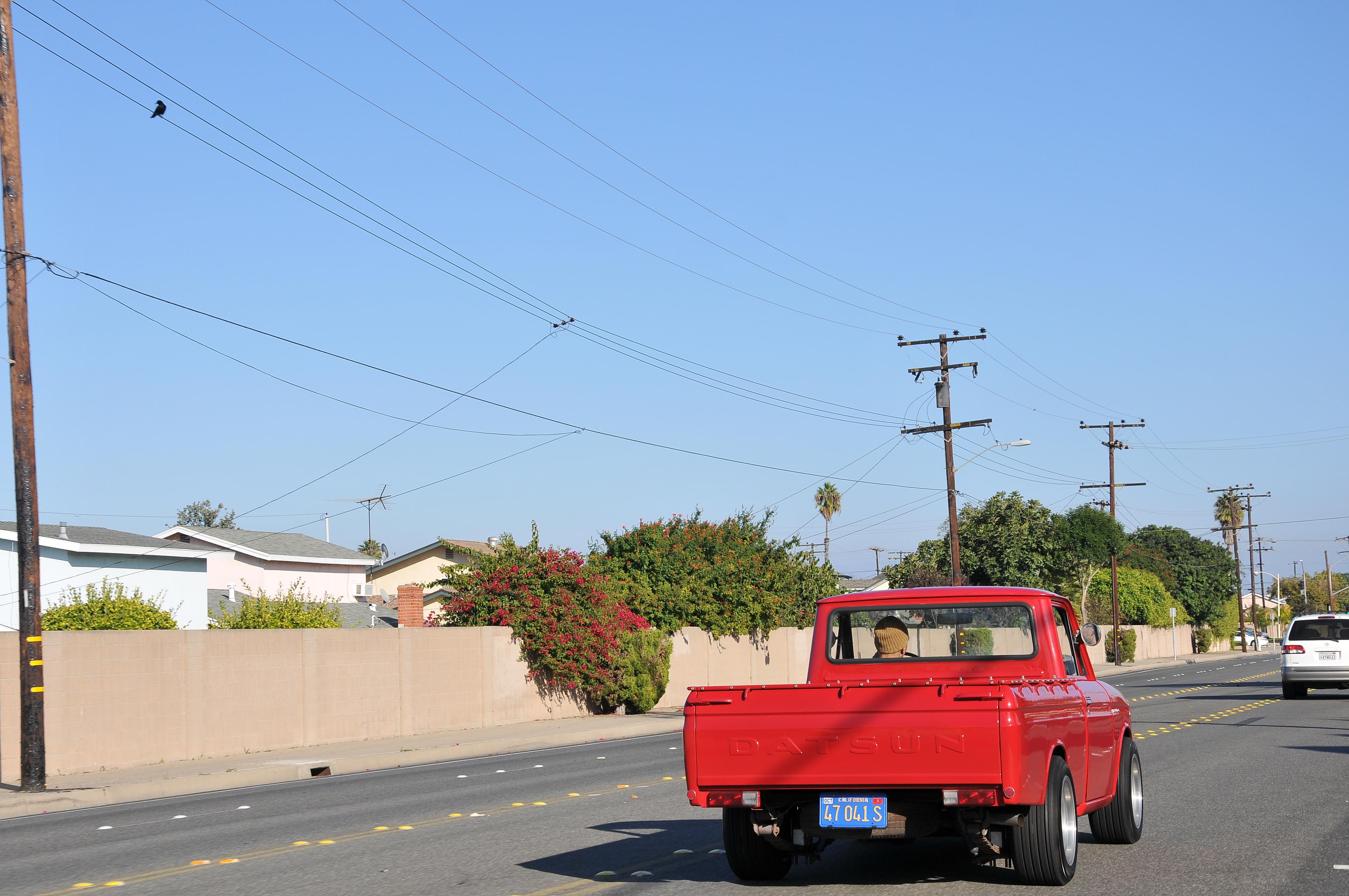 1969 Datsun 521 truck, Nissan ka24de, rear rolling shot