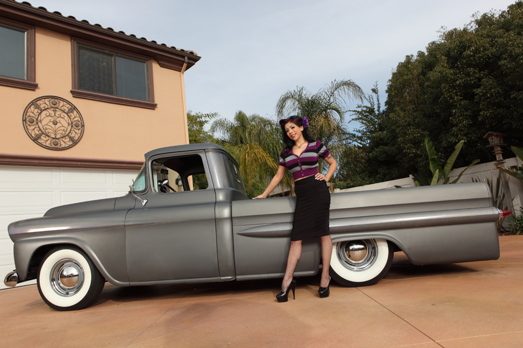 Mimi La Minkz with 59 Chevy, pin-up girl, pinup model, tattooed pin up girl, hot rod model, pinup mimi la Minkz