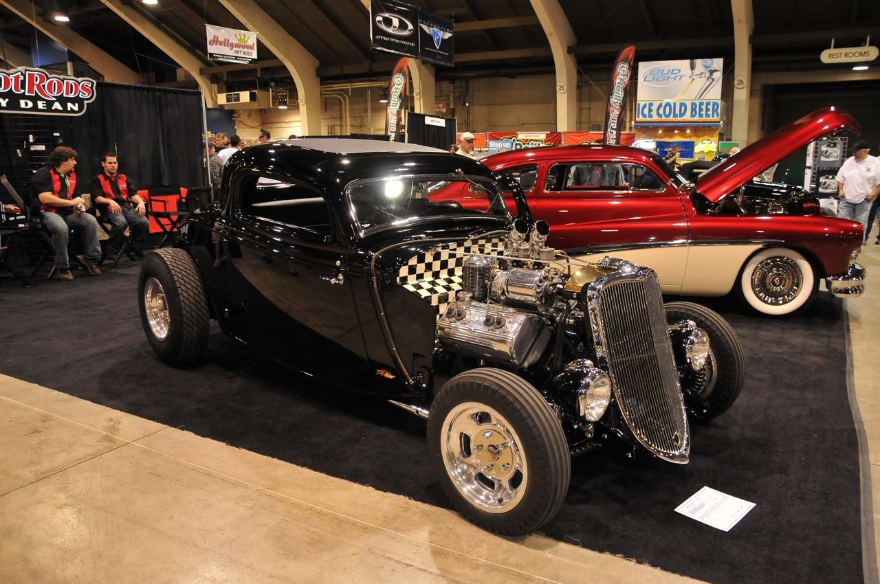 1933 Ford 3 window coupe, checkered firewall, 33 Ford Coupe
