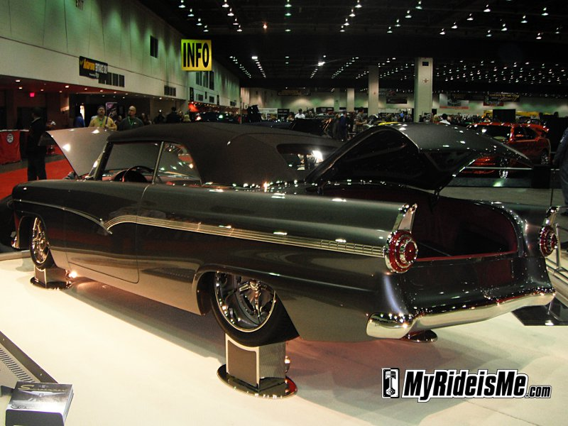 2011 Detroit Autorama, detroit Autorama, world of wheels, detroit autorama ridler award, autorama detroit mi, ridler award winners, hot rods, custom cars, custom car show,1956 Ford Sunliner Convertible