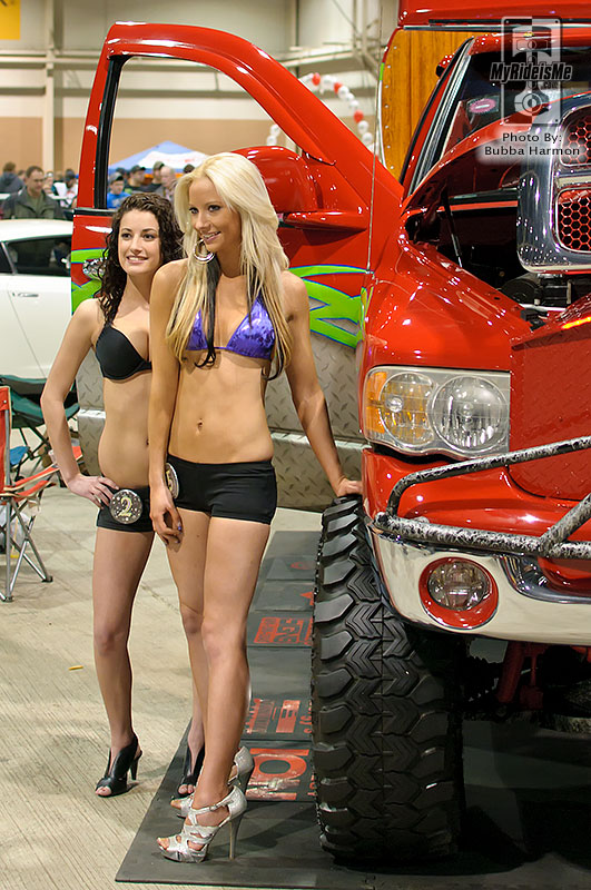 Motorama 2011 Girls, motorama 2011, motorama car show, car shows in pa