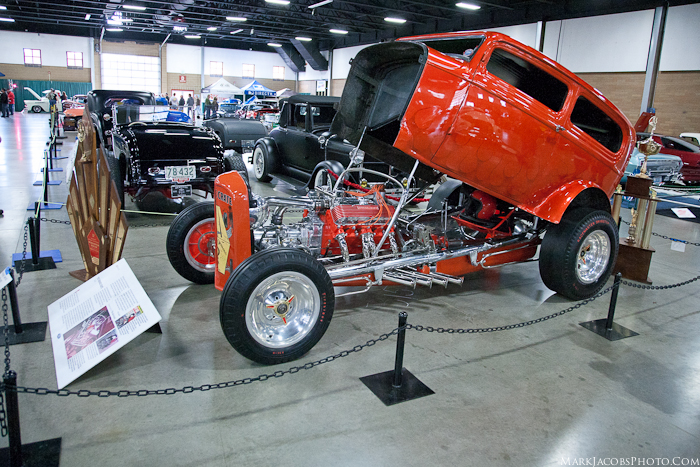 1932 Ford Hot Rod Sedan,Orange Crate,Vintage Drag racer, 32 Ford Race car