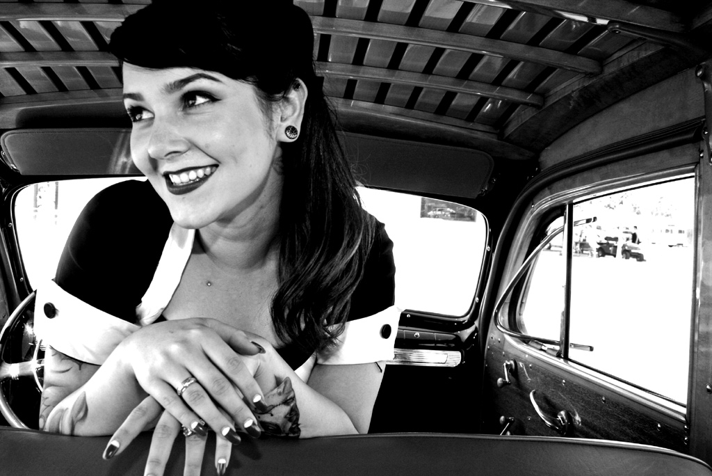 hot rod pinup, pin up girl, pinups, pin-up model, pin up photography, tattooed pinup, Viva Las Vegas Pinup