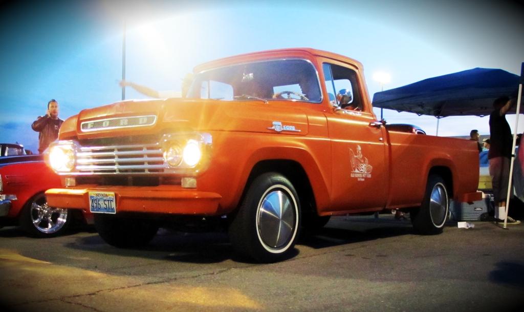 Viva Las Vegas 2011, Viva Car Show, VLV 14, moondiscs, ford pickup
