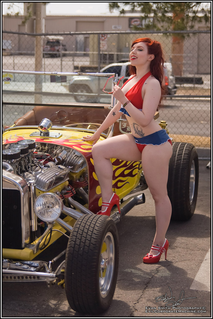 Fetish Model Ludella, Hot Rod Model, Pin-ups, pinup photography