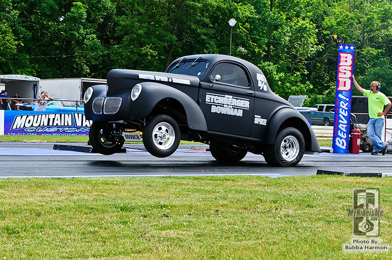 willys gasser, gasser wars, gasser magazine, nostalgia drag racing