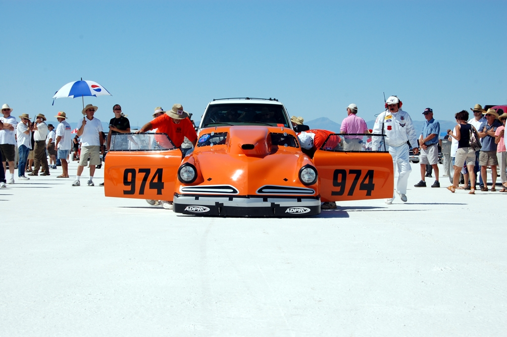 Bonneville Salt Flats Starting Line, land speed racing, land speed record, speed week 2010