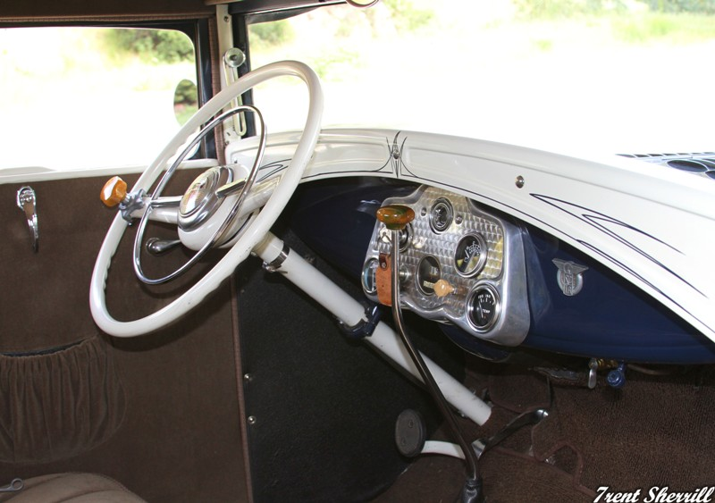 31 ford interior, stewart warner hot rod gauges, hot rod interior