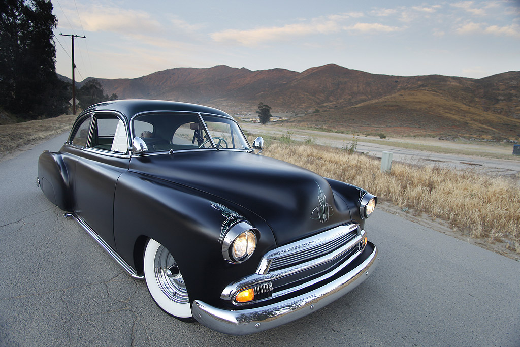 51-chevy-deluxe-custom-car-14.jpg