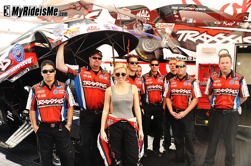 courtney force, drag racing, funny car racing, john force