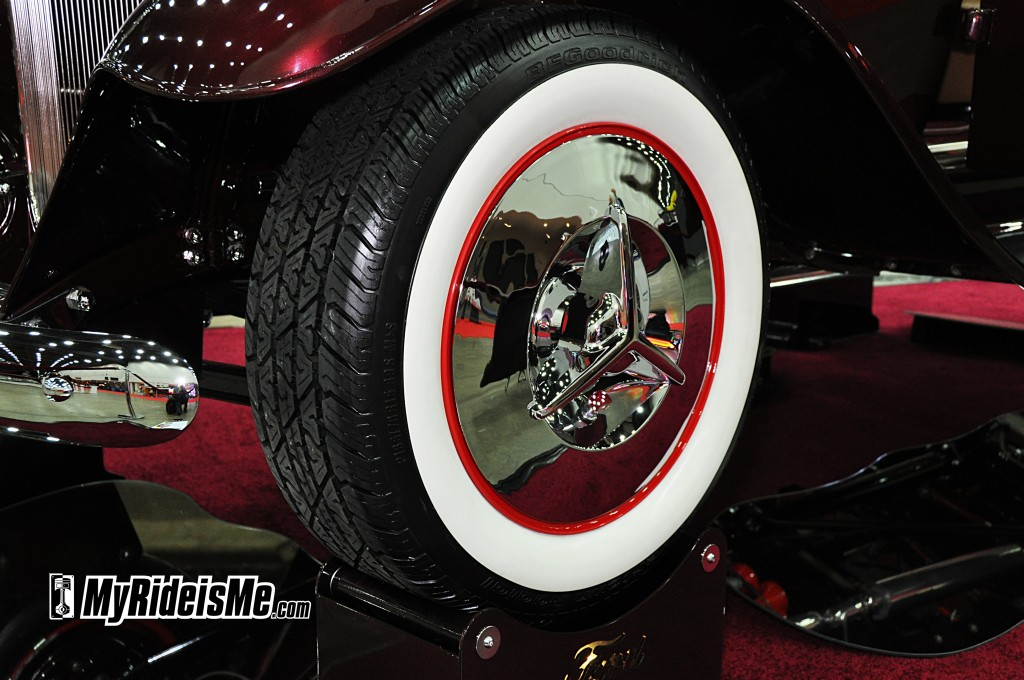 wide white wall tires, photos of tires, flipper hubcap
