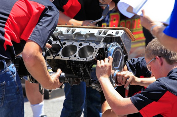 Hot rod builders, engine build competition