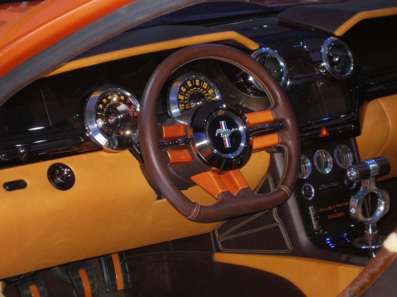 custom car gauges, custom gauges, custom mustang gauge panel