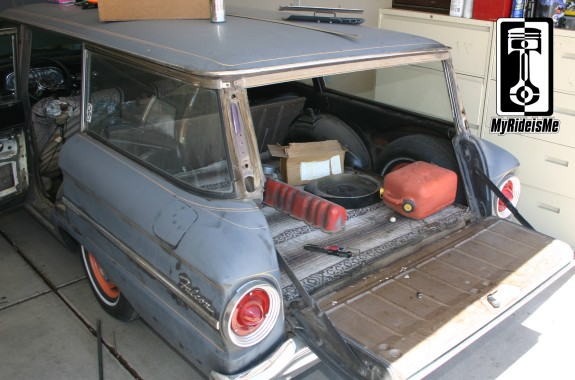 1963 Falcon wagon, ford falcon, falcon gas door