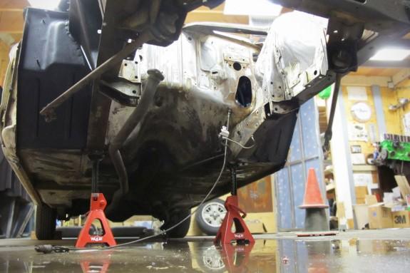 ford falcon, falcon engine compartment