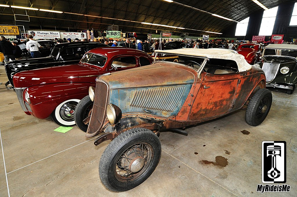 Not a Rat Rod - Crusty Barn Find 1933 Ford Roadster | MyRideisMe.com