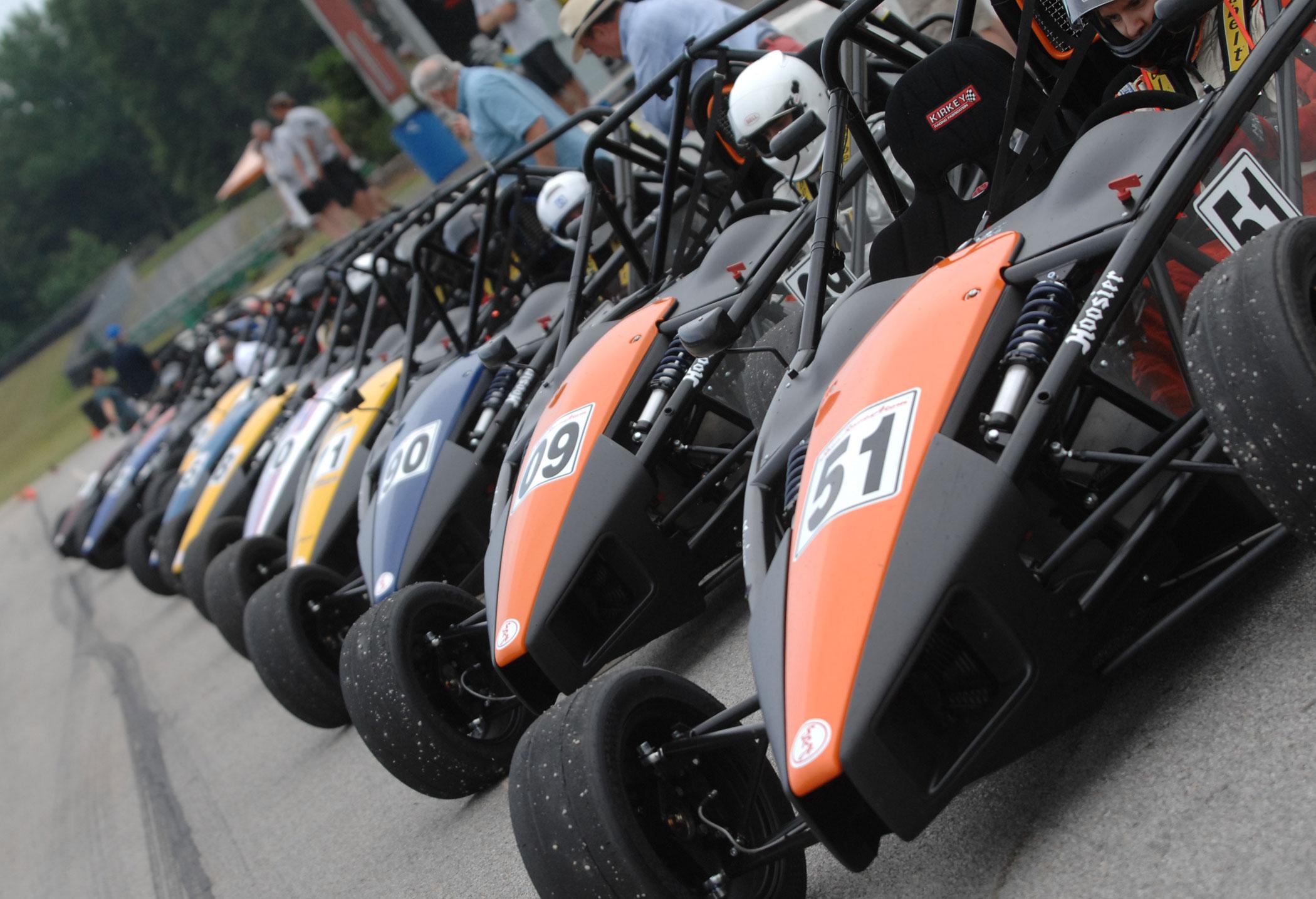 ariel atom, ariel atom race cars
